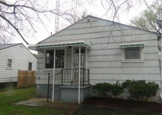 Foreclosed Home en WALTON AVE, Flint, MI - 48504