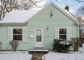 Foreclosed Home en FAIRBANKS AVE, Kalamazoo, MI - 49048