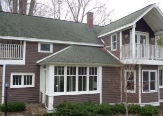 Casa en ejecución hipotecaria in Emmet Condado, MI ID: F4401296