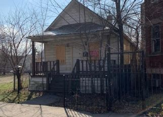 Foreclosed Home en S CHAMPLAIN AVE, Chicago, IL - 60619