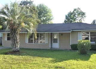Foreclosed Home en NW 60TH DR, Alachua, FL - 32615