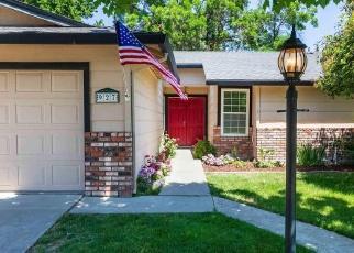 Foreclosed Home en LOBOS CT, Manteca, CA - 95336