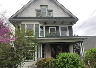 Foreclosed Home en PARK ST, Carbondale, PA - 18407