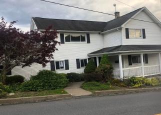 Foreclosed Home en SALEM RD, Archbald, PA - 18403