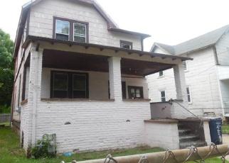 Foreclosed Home en S CHESTNUT ST, Ambler, PA - 19002