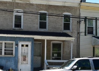 Foreclosed Home en COATES ST, Coatesville, PA - 19320