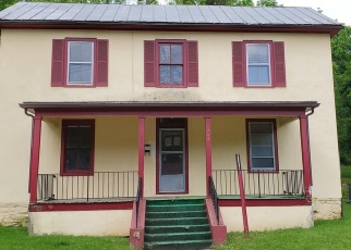 Foreclosed Home en W MAIN ST, Front Royal, VA - 22630