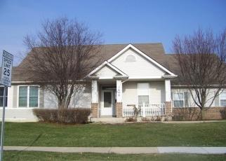 Foreclosed Home in DEVONSHIRE LN, Shorewood, IL - 60404