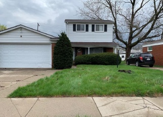Foreclosed Home en BERG RD, Detroit, MI - 48219