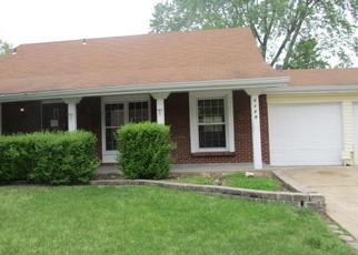 Foreclosed Home en CHELTENHAM RD, Florissant, MO - 63033