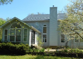 Foreclosed Home en PRAIRIE HOLLOW RD, Imperial, MO - 63052