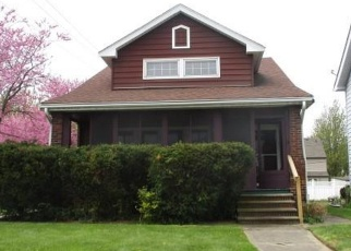 Foreclosed Home en E 194TH ST, Cleveland, OH - 44119