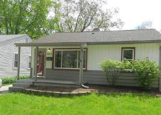 Foreclosed Home en E DALLAS AVE, Madison Heights, MI - 48071