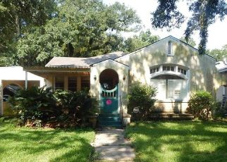 Foreclosed Home in FLORENCE PL, Mobile, AL - 36607