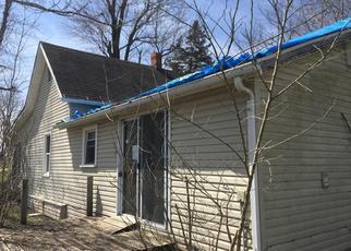 Foreclosed Home en W 1ST ST, Fair Play, MO - 65649