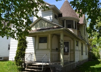 Foreclosed Home en 5TH ST NW, Grand Rapids, MI - 49504
