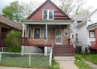 Casa en ejecución hipotecaria in Chicago, IL, 60617,  S SAGINAW AVE ID: F4402155