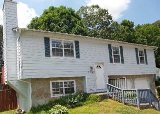 Foreclosed Home en EMERALD GLN, Stone Mountain, GA - 30088