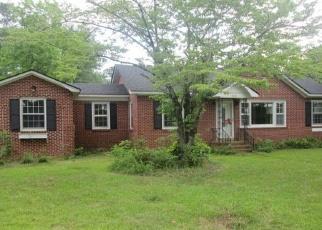 Foreclosed Home en PINENEEDLE LN, Albany, GA - 31707