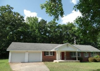 Foreclosed Home en COUNTRY CLUB RD, Newnan, GA - 30263
