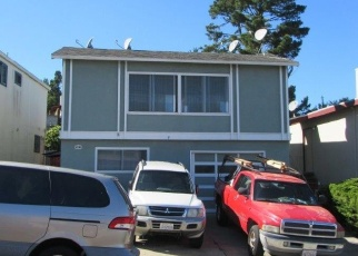 Foreclosed Home en WAKEFIELD AVE, Daly City, CA - 94015