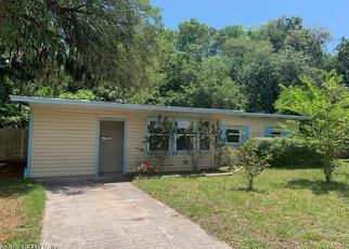 Casa en ejecución hipotecaria in Atlantic Beach, FL, 32233,  SEAWAY ST ID: F4402536