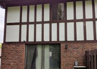 Casa en ejecución hipotecaria in Dayton, OH, 45449,  SHELTERING TREE DR ID: F4402732