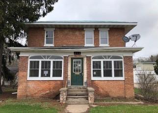 Casa en ejecución hipotecaria in Waupaca, WI, 54981,  W SESSION ST ID: F4402843