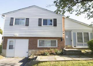 Casa en ejecución hipotecaria in Catonsville, MD, 21228,  PRESTWOOD RD ID: F4403033