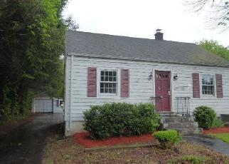 Casa en ejecución hipotecaria in Plainville, CT, 06062,  UNIONVILLE AVE ID: F4403241