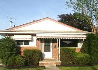 Casa en ejecución hipotecaria in Taylor, MI, 48180,  MORTENVIEW DR ID: F4403526