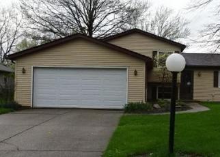 Casa en ejecución hipotecaria in Strongsville, OH, 44136,  WILMINGTON DR ID: F4403781