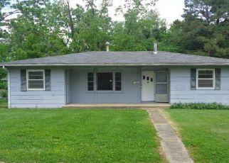 Casa en ejecución hipotecaria in Rolla, MO, 65401,  HAWTHORNE RD ID: F4404062