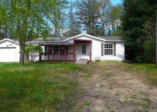 Casa en ejecución hipotecaria in Clare Condado, MI ID: F4404102