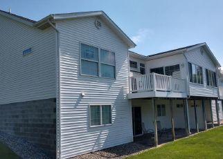 Casa en ejecución hipotecaria in Fruitport, MI, 49415,  E TURNING LEAF WAY ID: F4404107