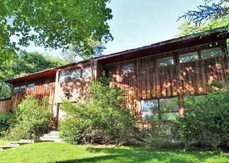 Casa en ejecución hipotecaria in Stamford, CT, 06903,  RIVERBANK RD ID: F4404254
