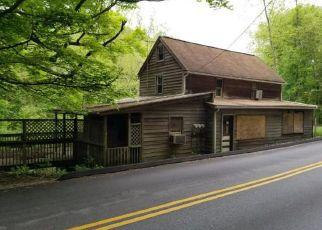 Casa en ejecución hipotecaria in Coatesville, PA, 19320,  MANOR RD ID: F4404288