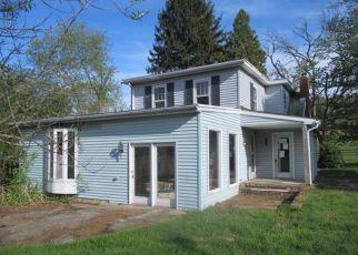 Casa en ejecución hipotecaria in Halifax, PA, 17032,  POWELLS VALLEY RD ID: F4404395