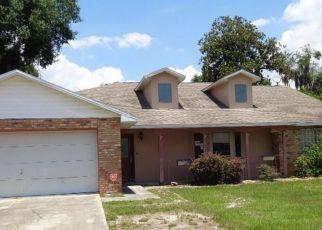 Casa en ejecución hipotecaria in Fruitland Park, FL, 34731,  TWIN PALMS RD ID: F4404969