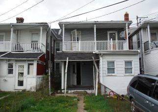 Casa en ejecución hipotecaria in Harrisburg, PA, 17104,  GREENWOOD ST ID: F4405098