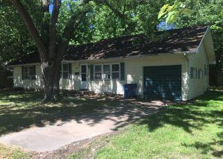 Casa en ejecución hipotecaria in Carthage, MO, 64836,  MISSOURI AVE ID: F4405261