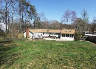 Casa en ejecución hipotecaria in Manassas, VA, 20112,  GORDON DR ID: F4405276