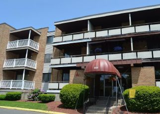 Casa en ejecución hipotecaria in West Haven, CT, 06516,  BULL HILL LN ID: F4405298