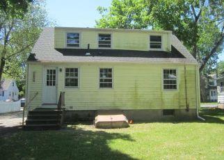 Casa en ejecución hipotecaria in Windsor, CT, 06095,  SKITCHEWAUG ST ID: F4405316
