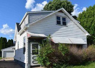 Casa en ejecución hipotecaria in Oshkosh, WI, 54901,  HARNEY AVE ID: F4405516