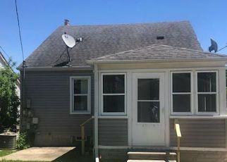 Casa en ejecución hipotecaria in Dearborn, MI, 48124,  MONROE ST ID: F4405530