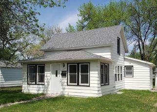 Casa en ejecución hipotecaria in Granite Falls, MN, 56241,  10TH AVE ID: F4405946