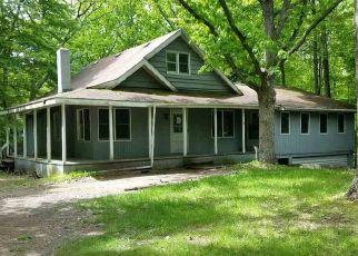 Casa en ejecución hipotecaria in Stanwood, MI, 49346,  RAMBLING WAY ID: F4405994
