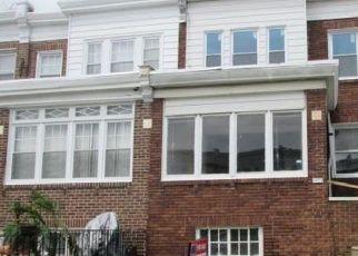 Casa en ejecución hipotecaria in Philadelphia, PA, 19149,  ROSALIE ST ID: F4406306