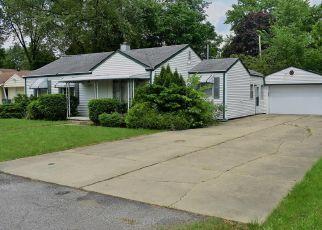Casa en ejecución hipotecaria in Plymouth, MI, 48170,  ELMHURST AVE ID: F4406598